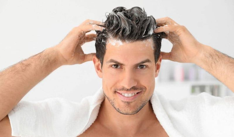 lávate el cabello para cuidarlo